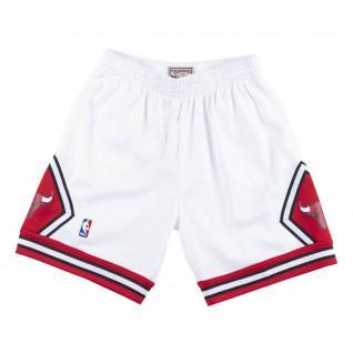 Short Chicago Bulls